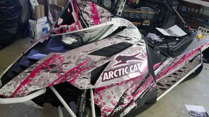 Snowmobile Hendricks