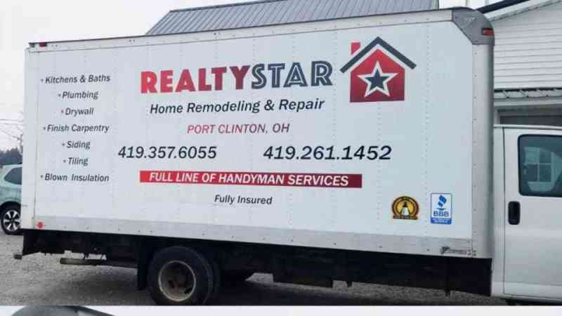 Realty box truck