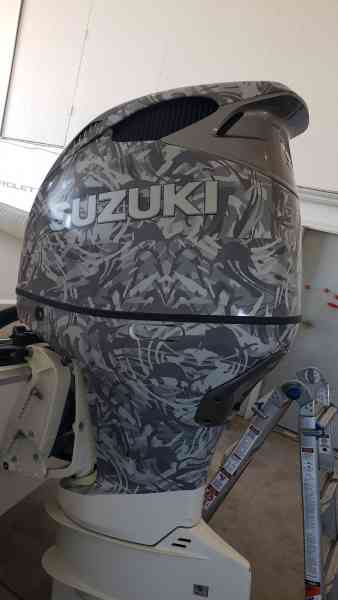 Parrot Outboard Wrap 1